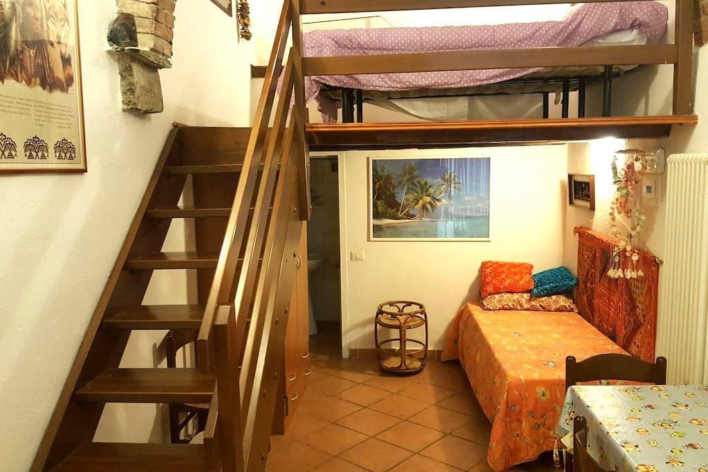 Monolocale soppalco - Corniglia - Huis
