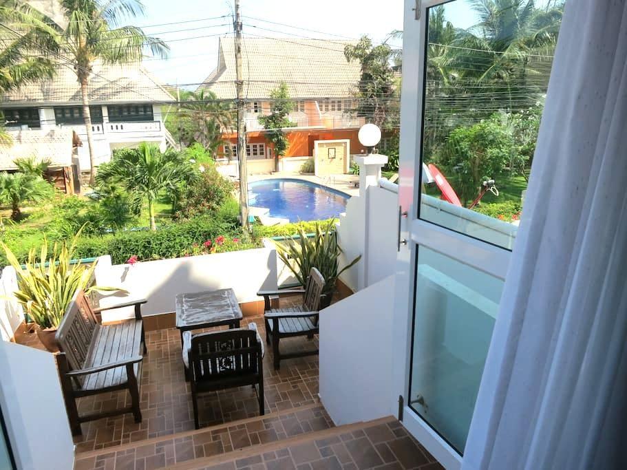 House 10, walking distance to beach - Hua Hin - House