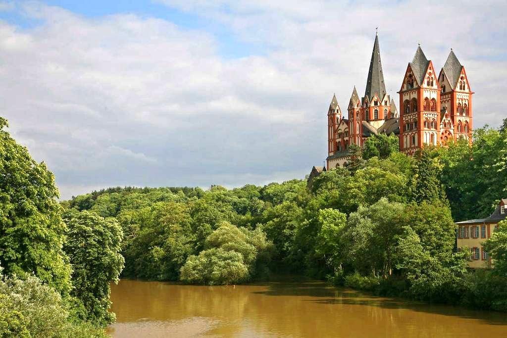 Limburg a.d. Lahn Altstadtflair - Limburg an der Lahn