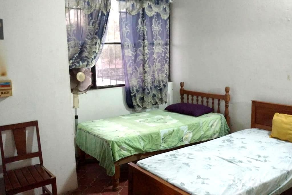 (L)Rustic house ideal f/backpackers - San Blas - Casa
