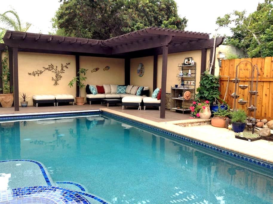 Lovely Guesthouse in garden setting - San Diego - Dom