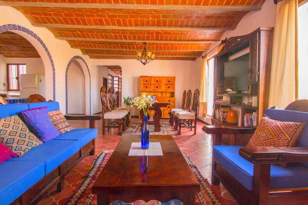 Casa turquoise colonial 3BR,2BATH - Guanajuato - Casa