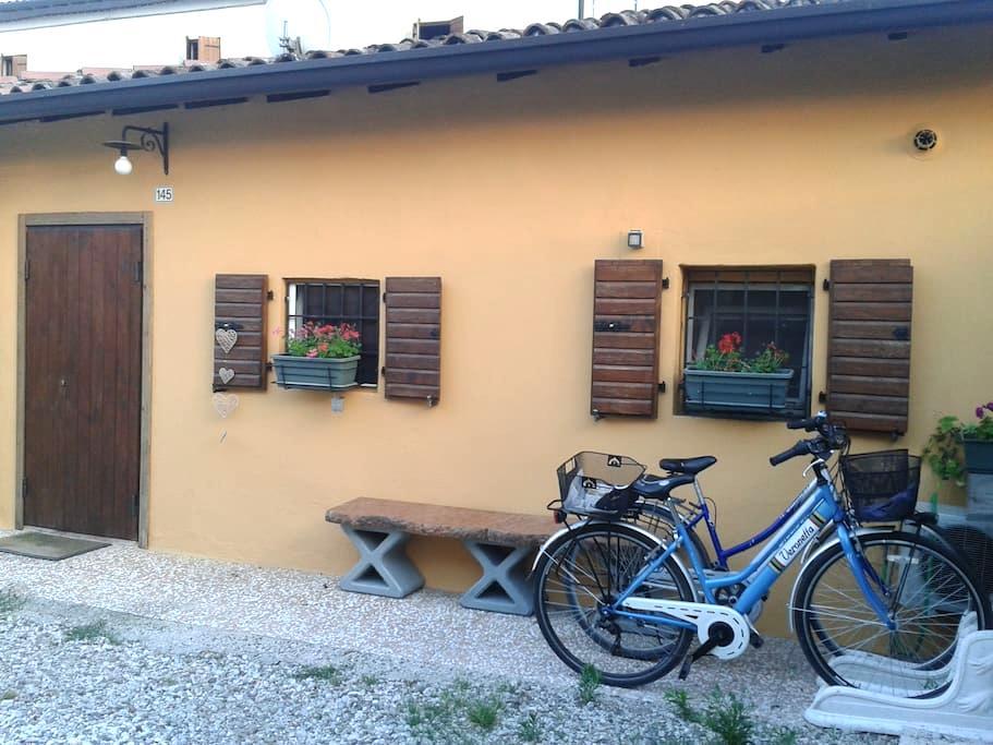 La casetta felice - San Felice - Hus