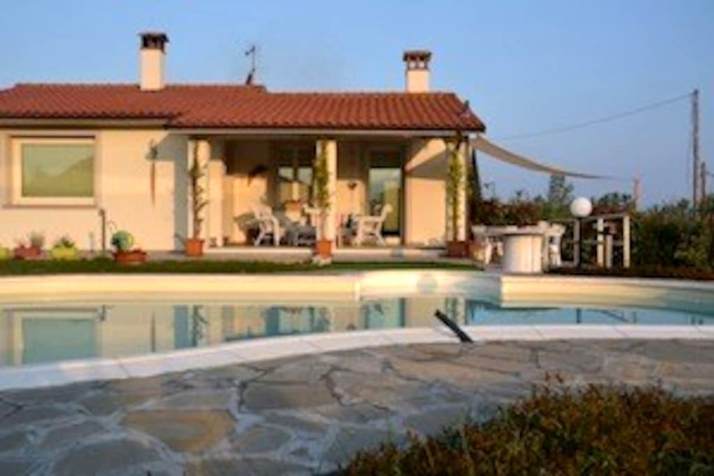 Casa moderna con piscina - San Rocco - 獨棟