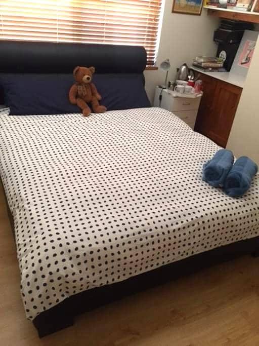 Room in Northern suburbs of Perth - Mindarie - Rumah