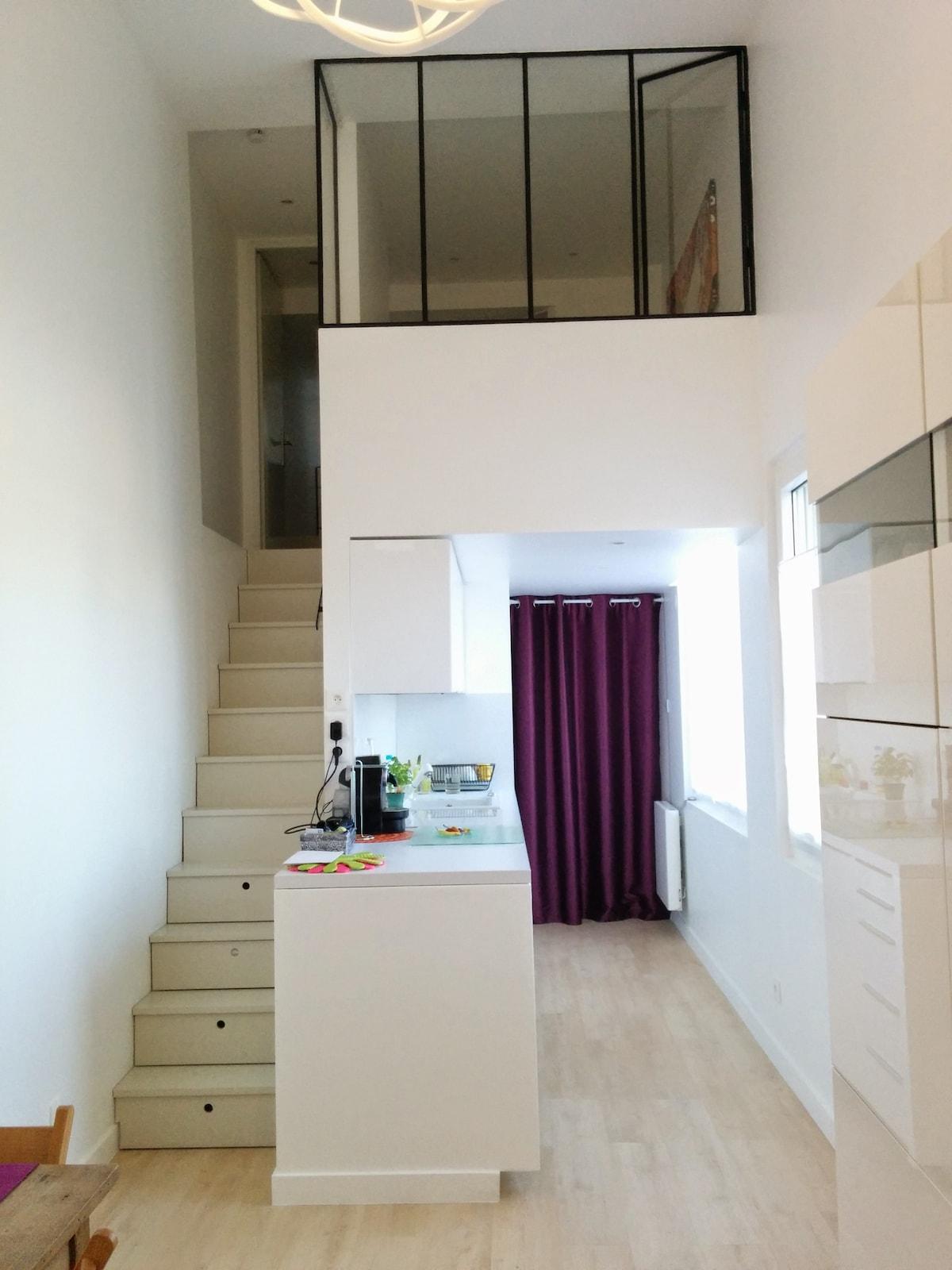 2 Rooms in Duplex / 200M from Metro