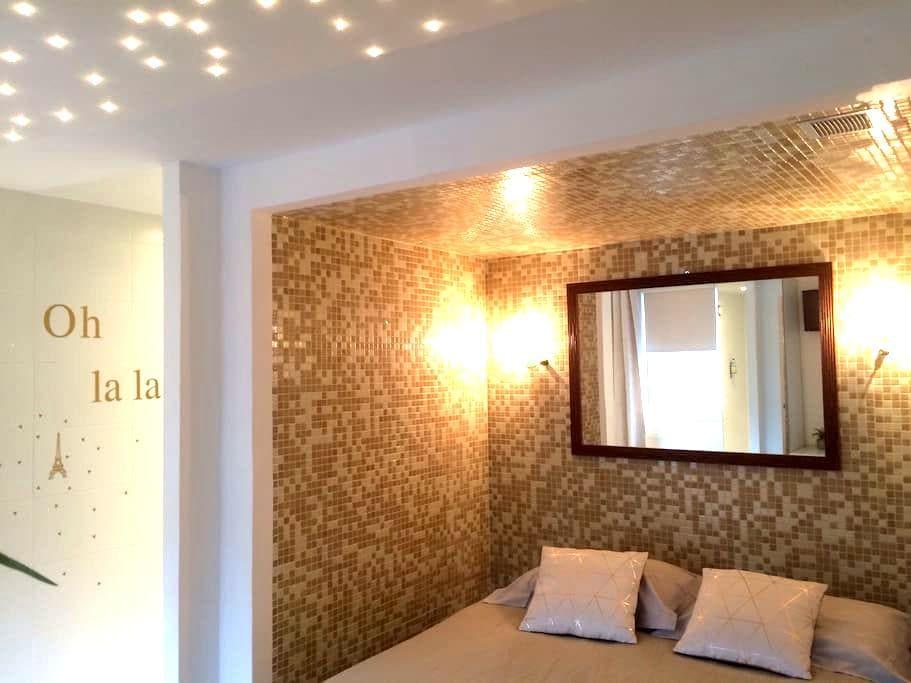 """""""Le Lucy's"""" studio CŒUR HONFLEUR VIP - Honfleur - Apartament"""