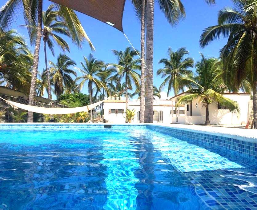 Beach House with Pool + Bungalow -Pie de la Cuesta - Los Mogotes