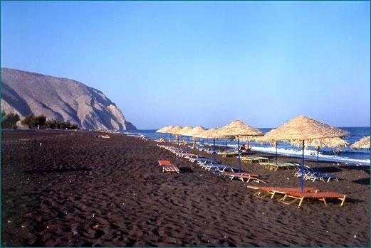 the  perissa  beach 100m from villa