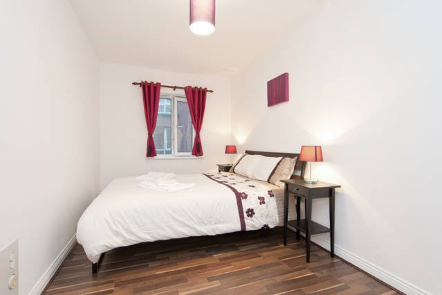 Large Double Room City Centre