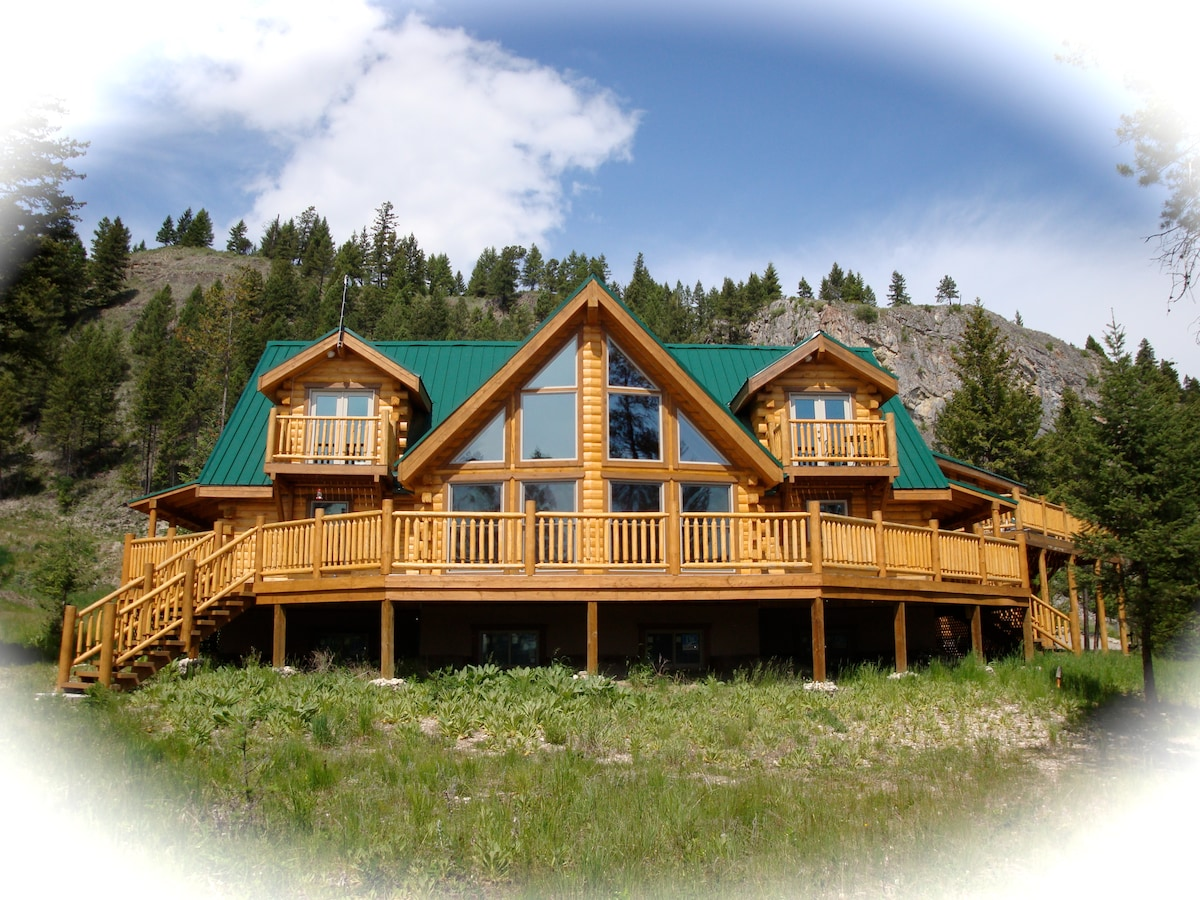 Carn Brae Cabin bed and breakfast.