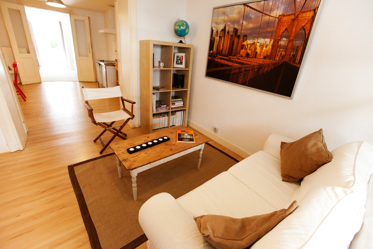 Lounge (25 sq. m.)