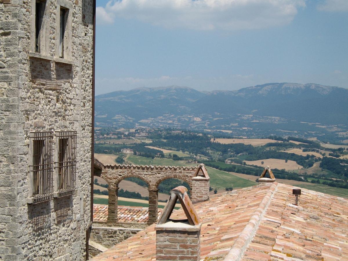 Montenero Castle complex - Apt. #2