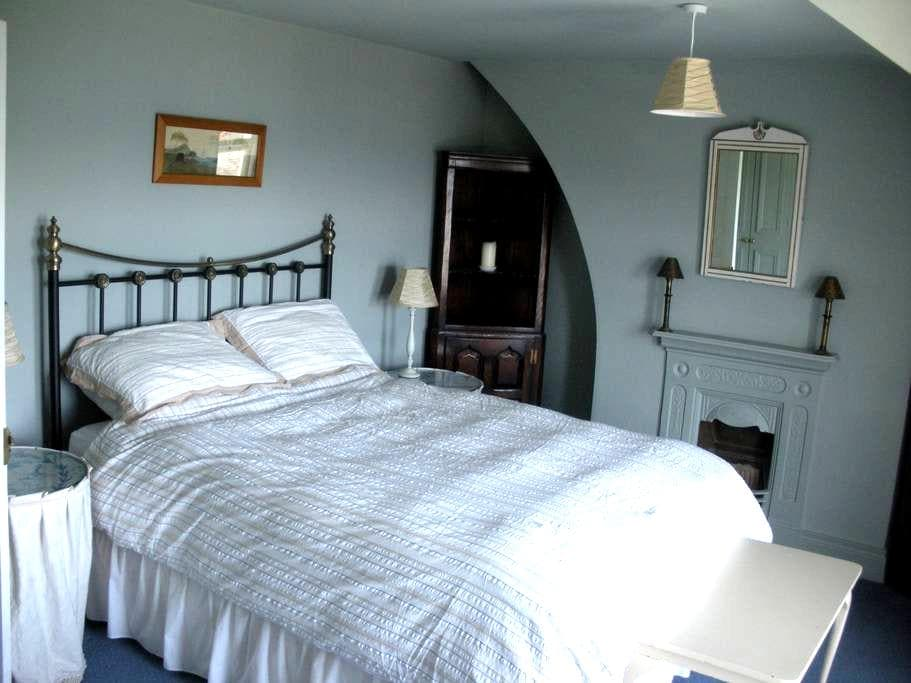 Sea Front Victorian Town House - Donaghadee - บ้าน