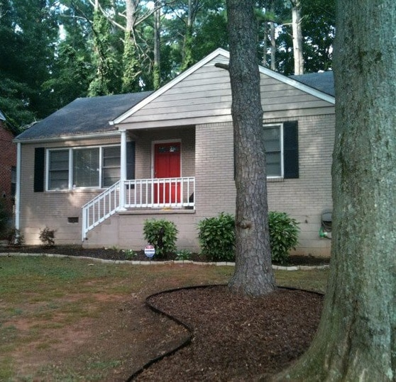 3/1 Comfortable Home in the City!