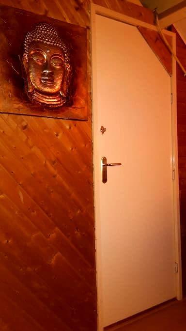 Nice room near Amsterdam, Volendam - Purmerend - Casa