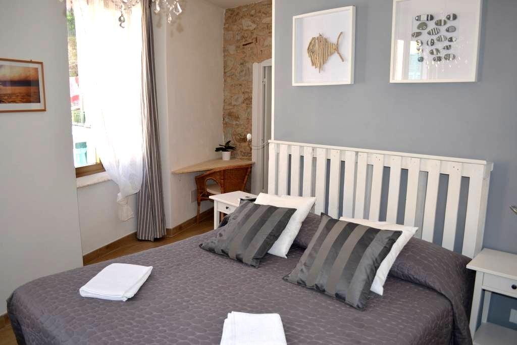 New Deluxe Double Room Cinque Terre - Riomaggiore