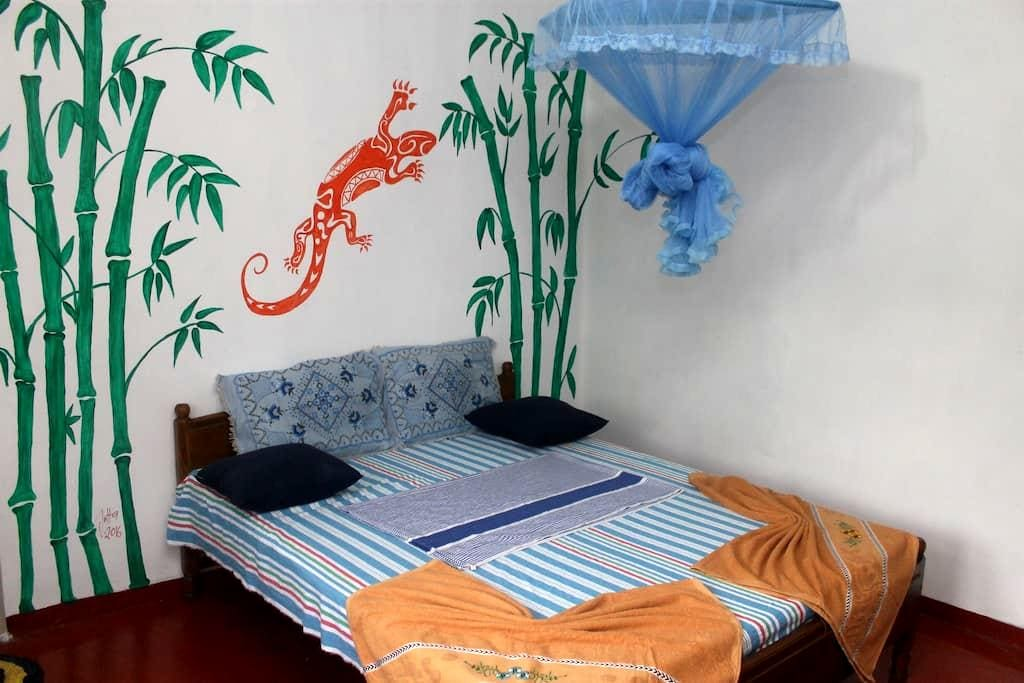 Weligama Weere Villa 001 (Free Breakfast & Wi-Fi) - Weligama - Apartamento
