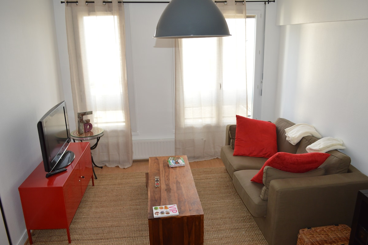 Beautiful sunny & cosy flat, 65m²
