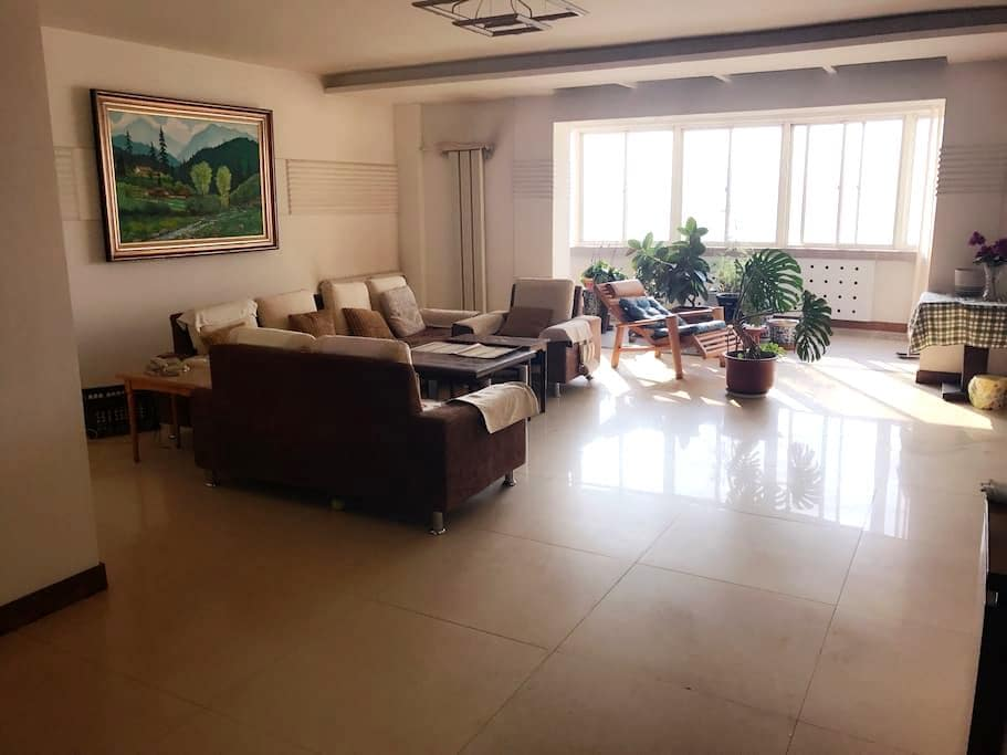 Spacious apartment. Great location - Lanzhou