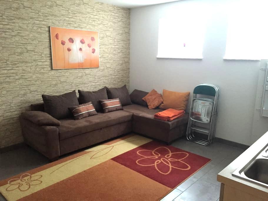 Gemütliche & neue 1-Zimmer Wohnung - Böblingen