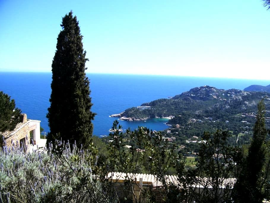Charming apartment with sea view - Begur - Apto. en complejo residencial