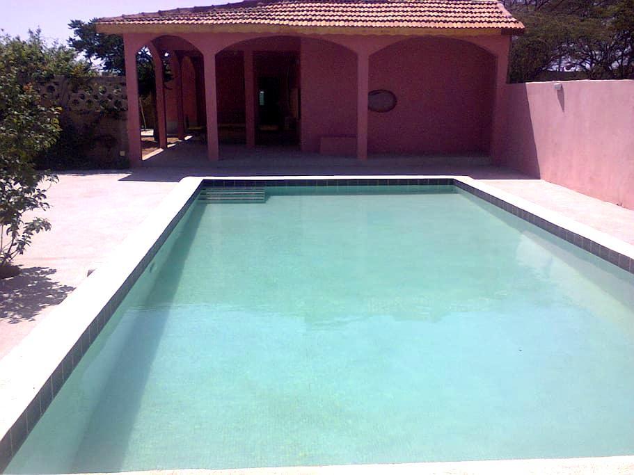 villa sur parc arboré - Dakar