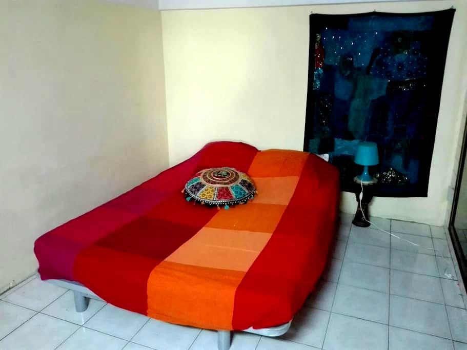 Room in well furnished flat - Phnom Penh - Departamento