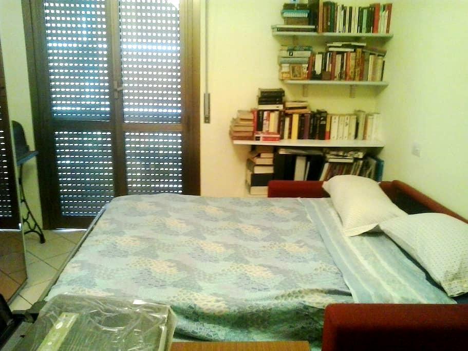 stanza economica a Milano - Mailand - Wohnung