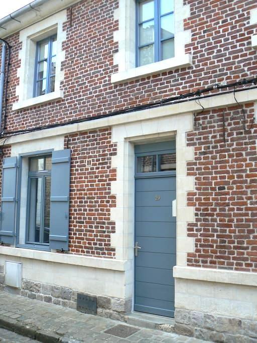 Ravissante maison hypercentre de Valenciennes - Valenciennes - Rumah