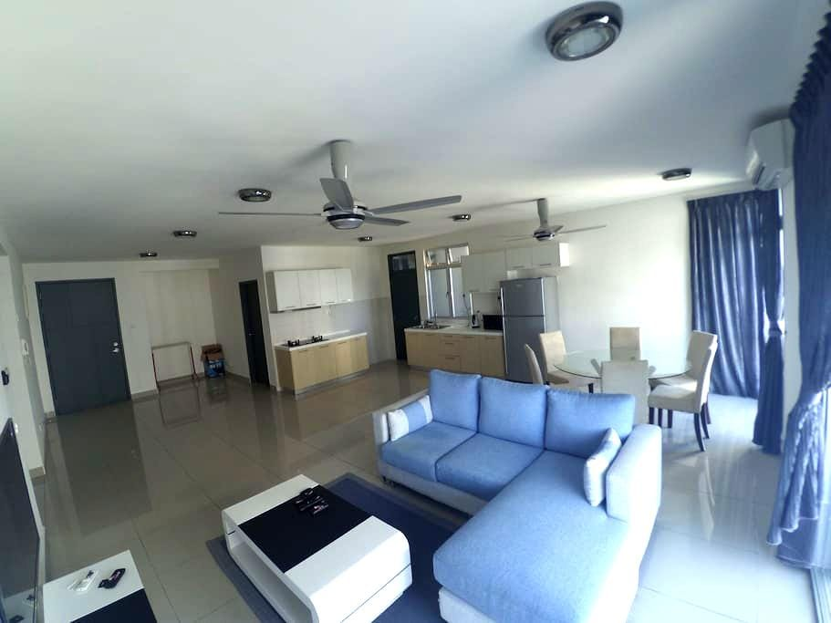 3 BR New Apt @Permas,Guarded,6pax - Masai - Daire