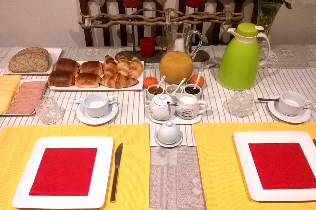 Room with Breakfast in Roeselare - Roeselare - Haus