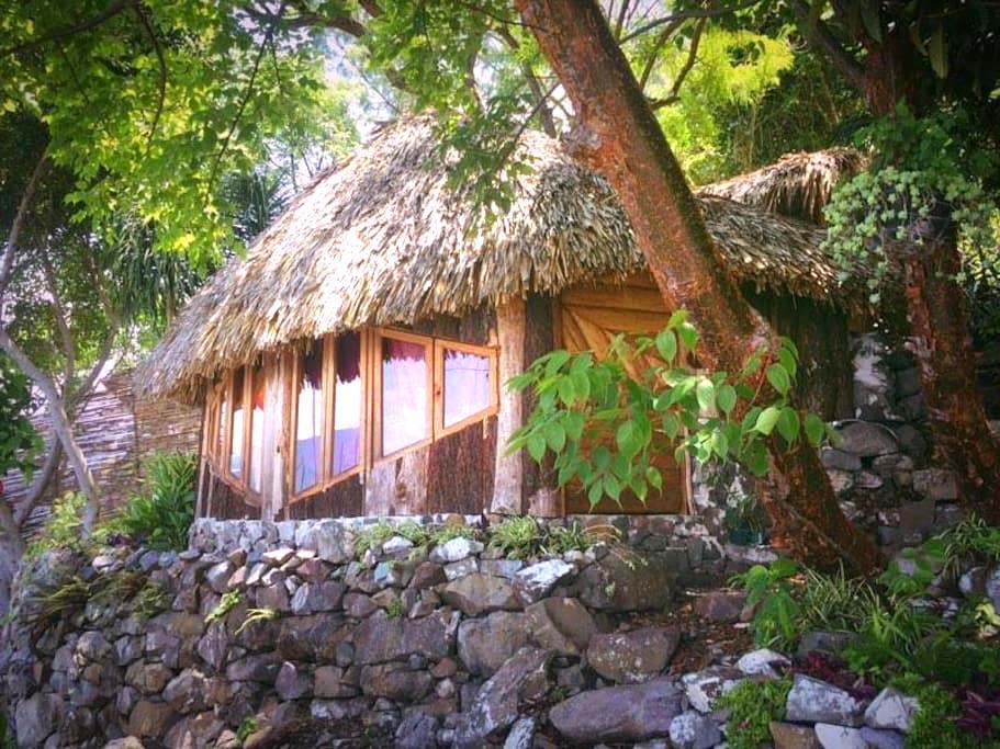 Cozy Lakeside Cabin - San Marcos La Laguna - キャビン