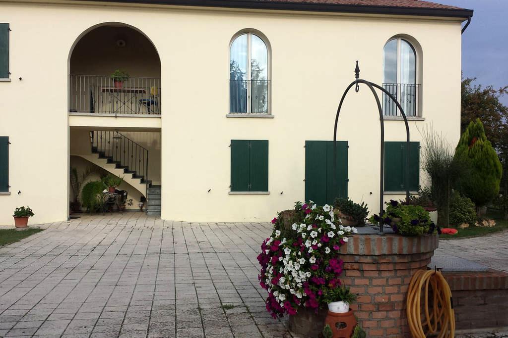 Camere di pregio  casolare rustico - Cotignola - Bed & Breakfast