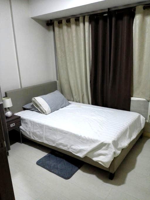 Solemare 1 bedroom condo unit - Pasay