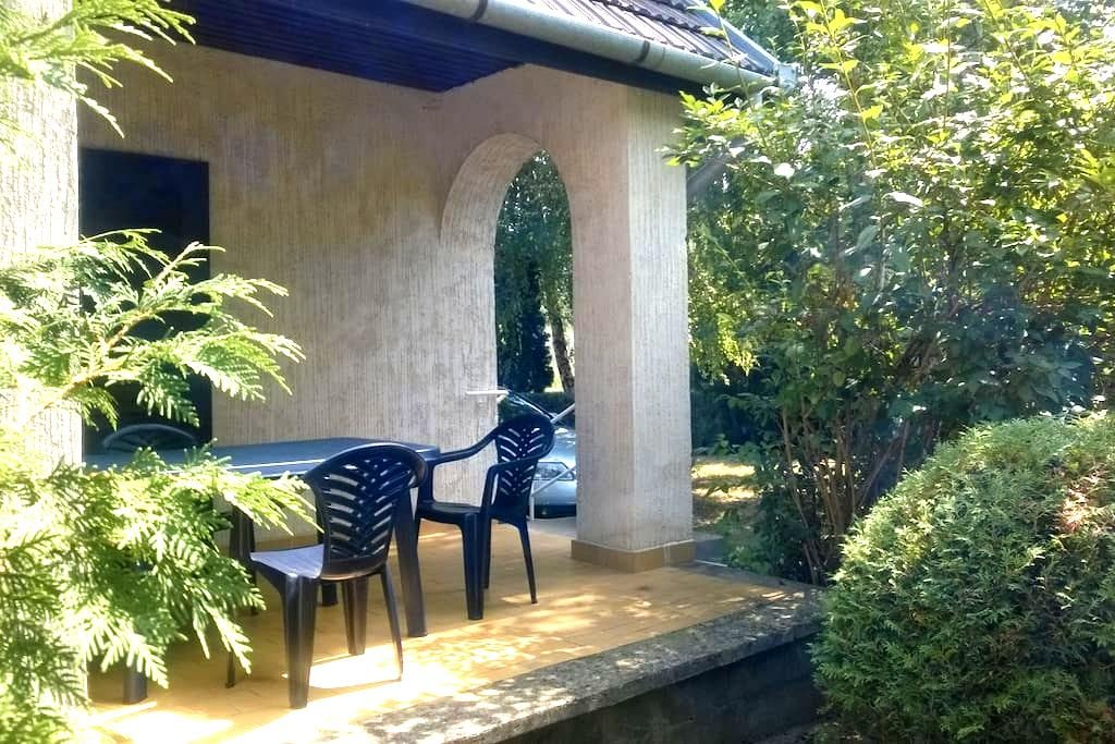 Weekend house directly at the Spa - Tamási