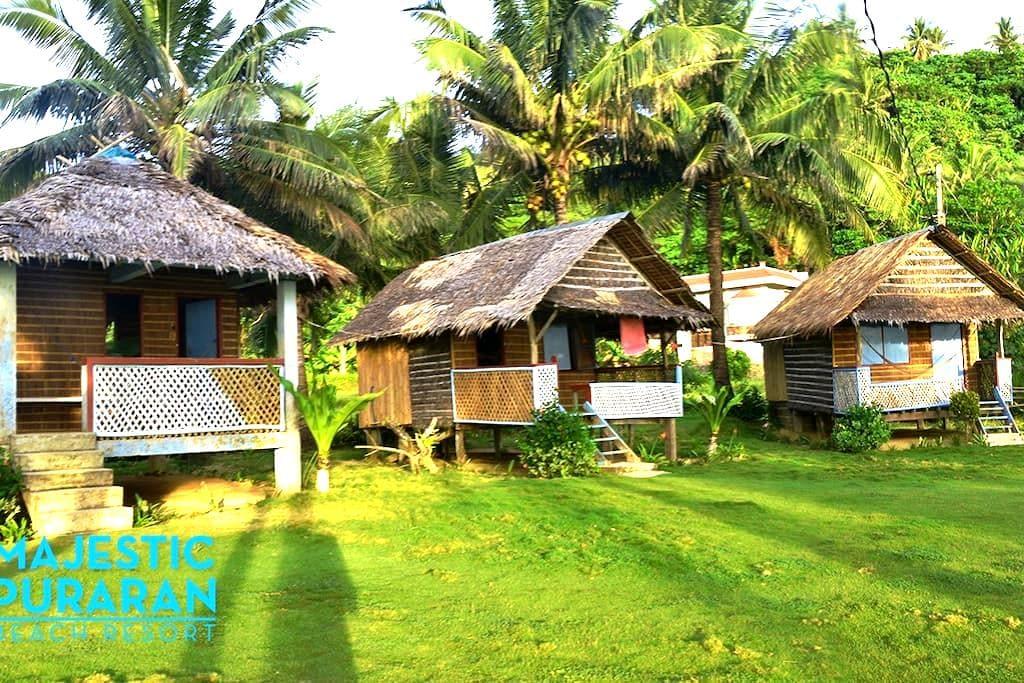 Majestic Puraran Beach Resort - 통나무집