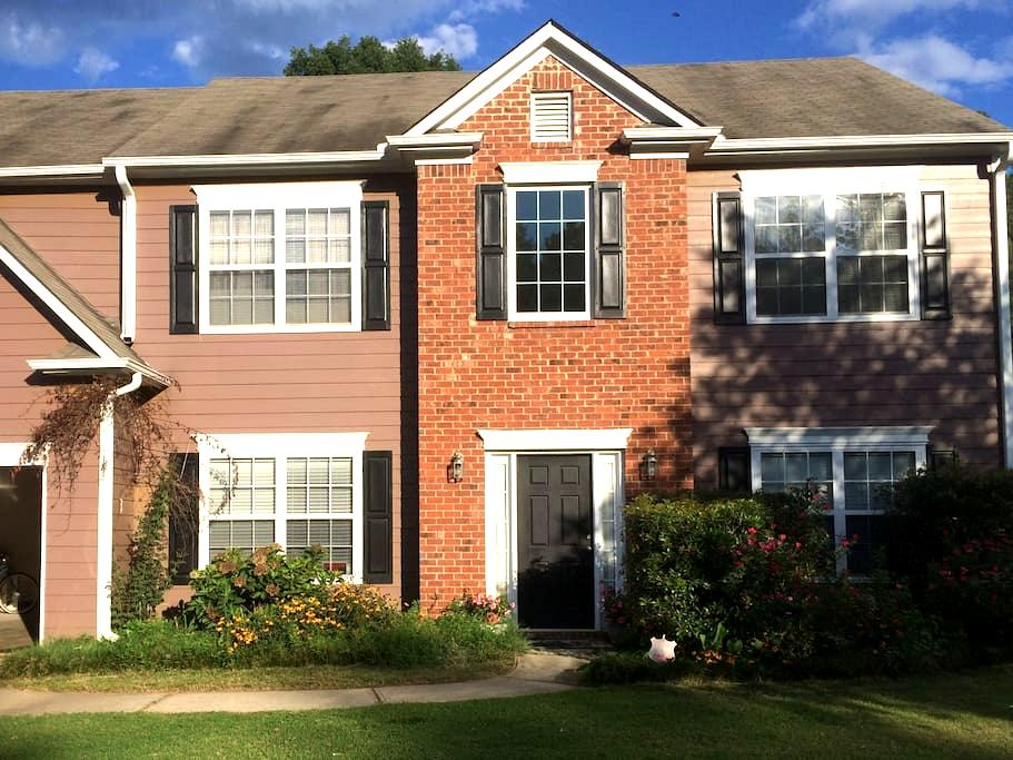 Spacious ATL Home Away from Home Special Feb Price - Fairburn - Casa