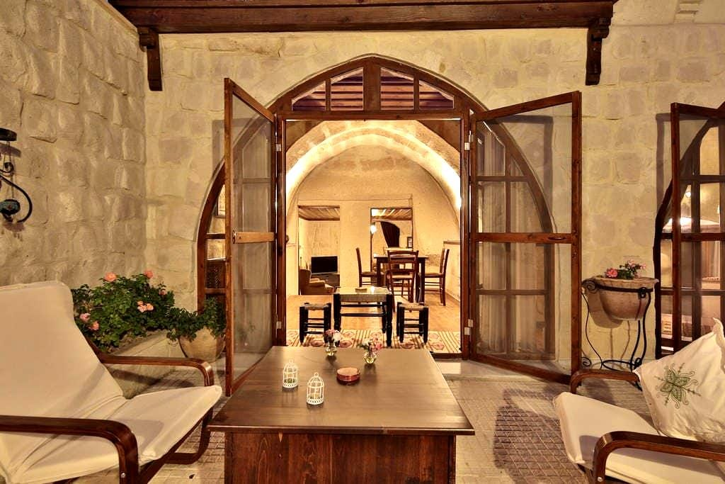 A cave house with happy memories - Cappadocia - Departamento