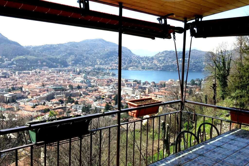 real pretty apartment over the city - Como - Byt