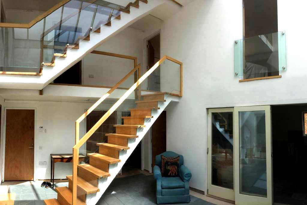 Wow factor Architect Built Room 1 - Taunton - Casa