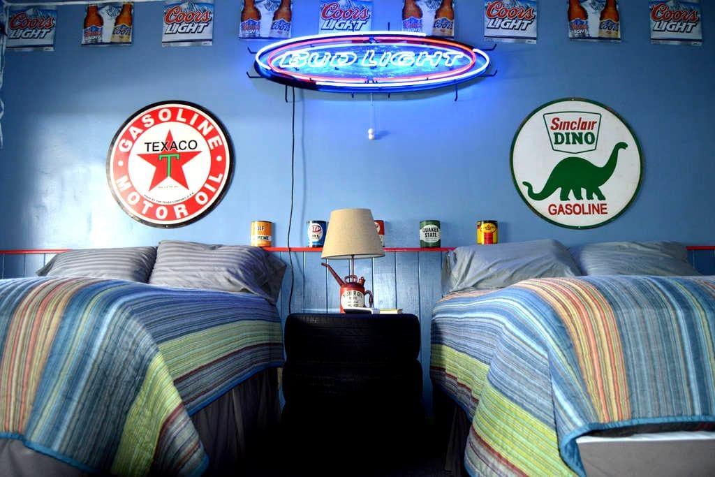 Corona Motel: Themed Rooms - Corona - Autre