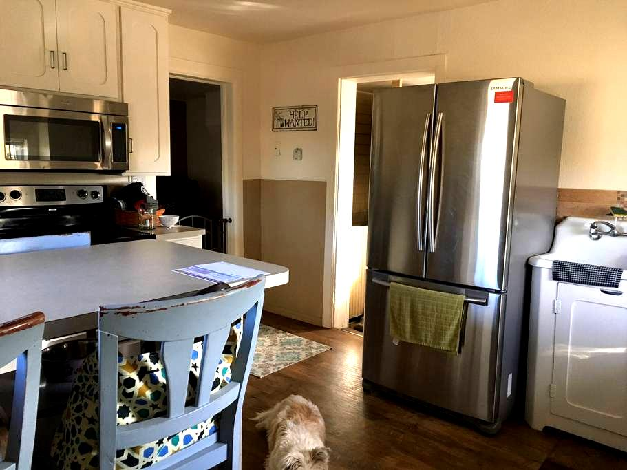 Great Home on Horse Ranch 5 minutes to Littleton - Littleton - Huis
