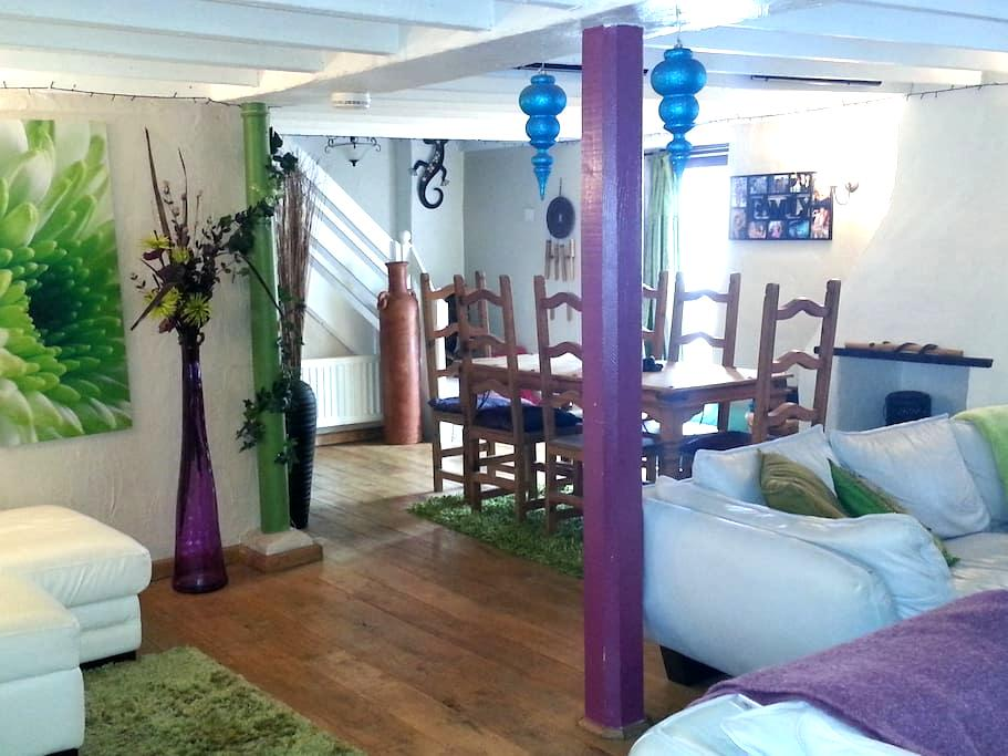 400yr cottage + Holistic Therapies - Newquay - House