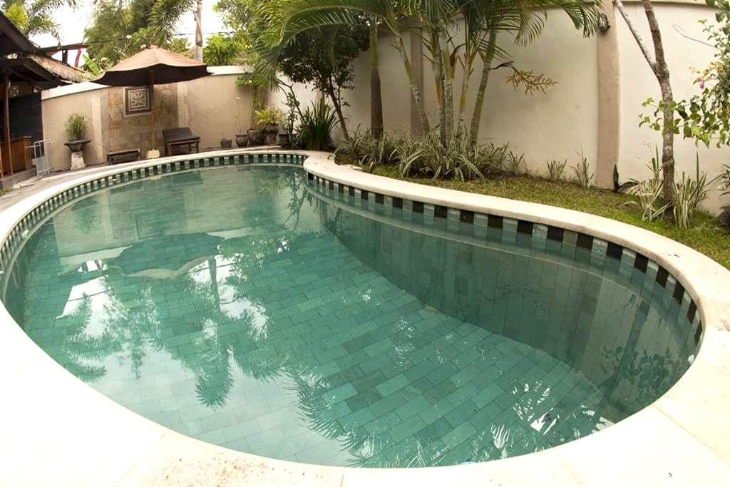 Private Villa just 150M from the beach in Canggu - นอร์ธคูตา