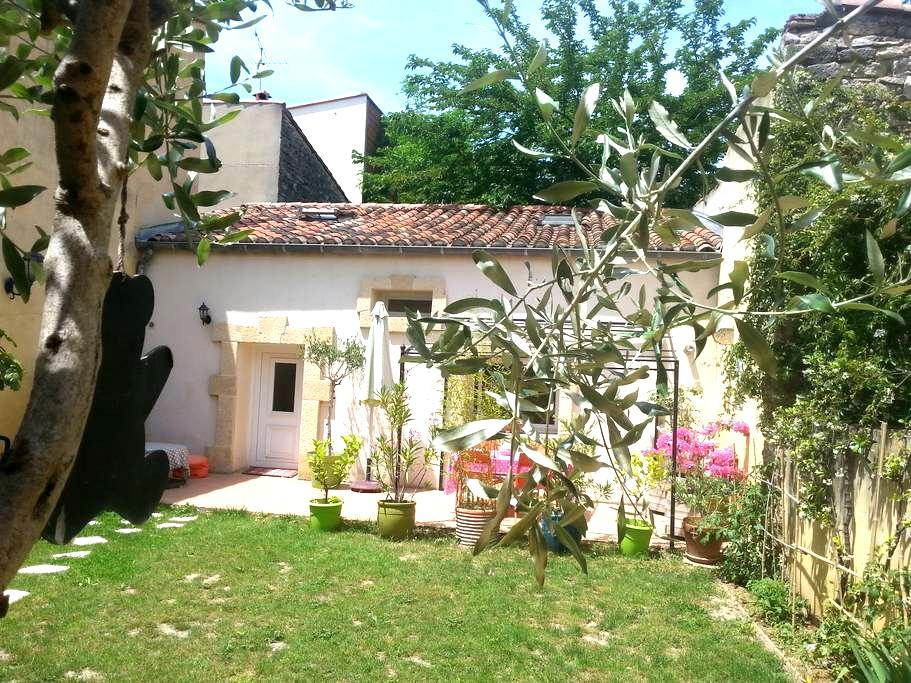 PIGNAN maison proche mer et Montpellier - Pignan - บ้าน