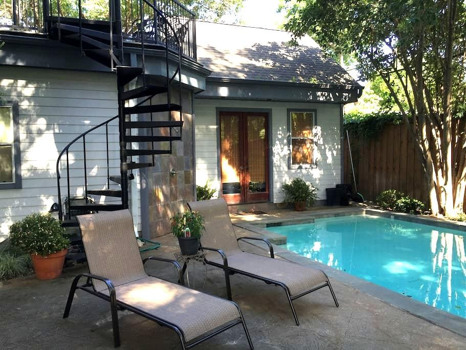 M Streets Cottage just off trendy Greenville Ave - Dallas - Bungaló