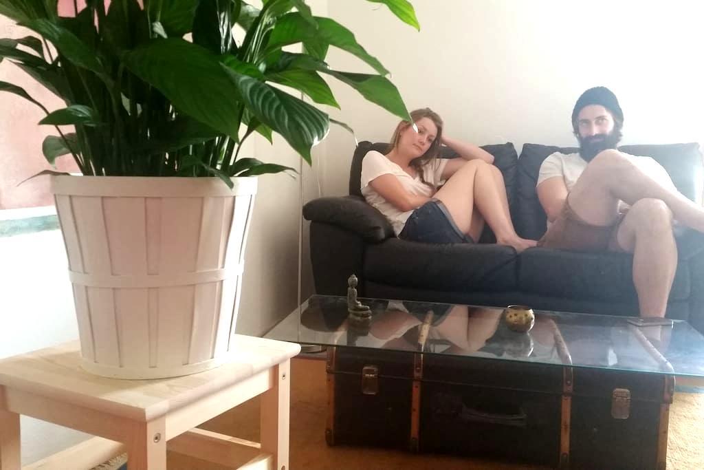 Komfortables Doppelbettzimmer mit Balkon - Bad Endorf - Casa