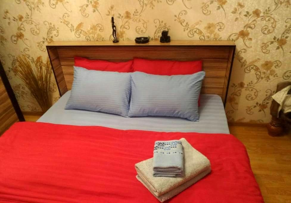 Апартаменты на Айтеке би, 28 - Алматы - Apartment