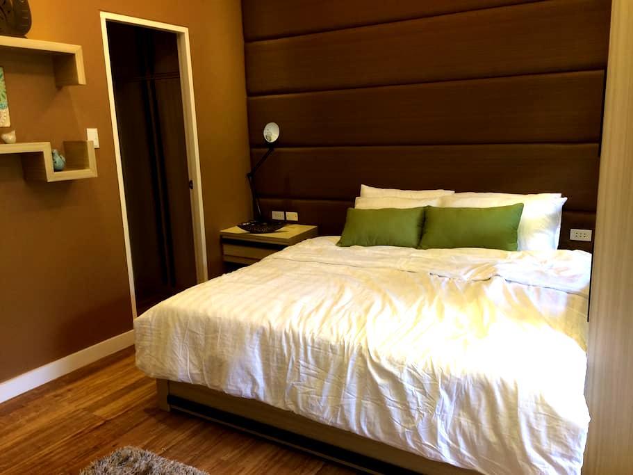 1BR unit Pico De Loro Miranda A - Nasugbu - Apartment